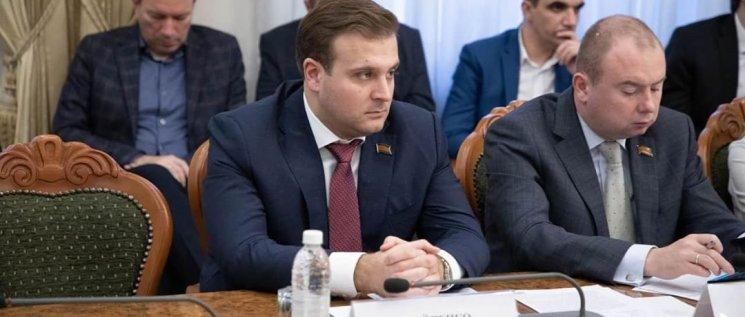 Олег Бойченко принял участие в заседании круглого стола,на котором подвели итоги совместной работы по решению первостепенных вопросов развития Краснодара.
