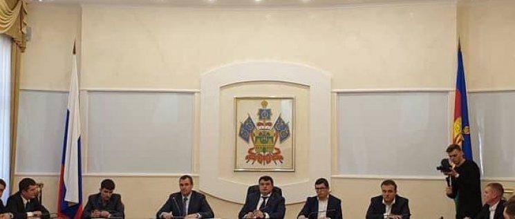 Олег Бойченко принял участие в заседании бюро президиума Совета молодых депутатов Краснодарского края.